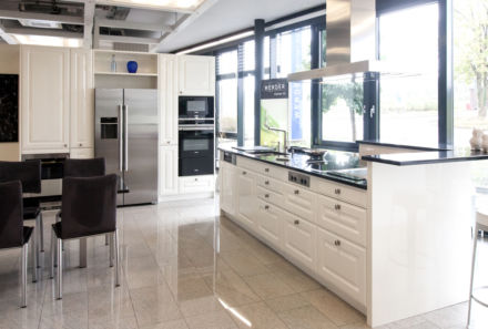 This is also where your individual kitchen gradually takes shape and in dialogue with our team of kitchen planners you will see exactly what your kitchen